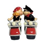 Kissing Bikers Cake Topper